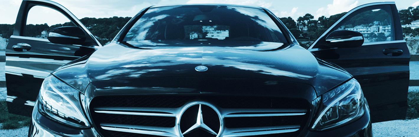 Mercedes class E utilisée par Taxi LC service